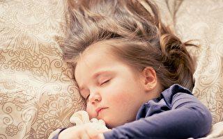幼儿发烧何时退烧  医师:饭前或睡前