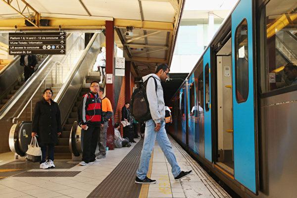 墨尔本有16条火车线,一些火车终点站所在城区现在已被人们认为是一个不错的置业选地。(Michael Dodge/Getty Images)