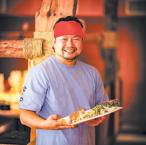 「食客」老闆朴轍鎬先生。(大紀元圖片)