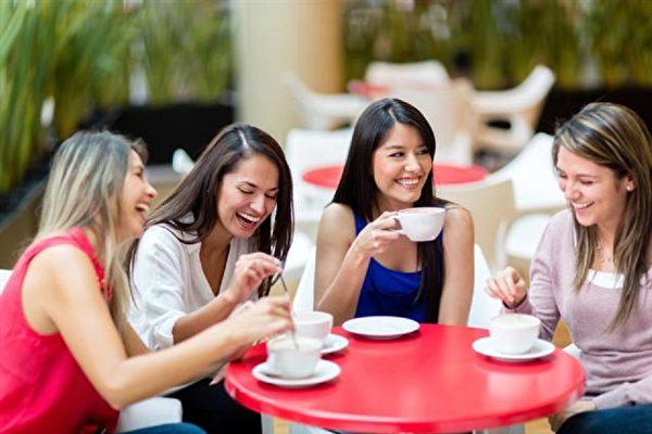 喝一杯原汁原味的黑咖啡,才能够品尝到咖啡浓郁的风味。(Fotolia)
