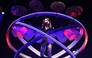 邓紫棋5度唱进红馆 谢歌迷给她动力跟意义