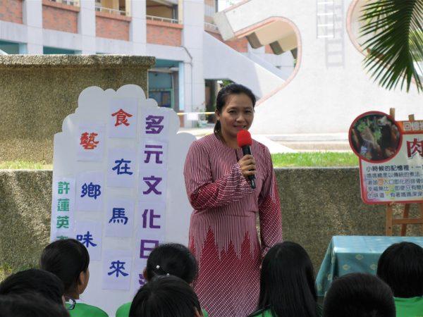 许莲英介绍家乡料理的故事。(方金媛/大纪元)