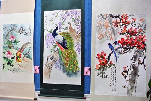 基隆市长青书画会联展于基隆市府,右图为该会指导老师马水城之画作。(周美晴/大纪元)