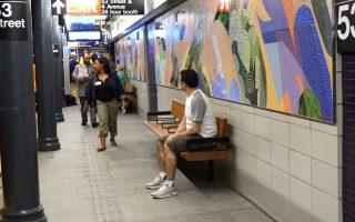 布碌崙53街地铁站 翻新后正式通车