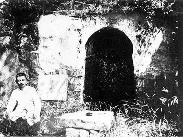少林寺面壁洞。(公有領域)