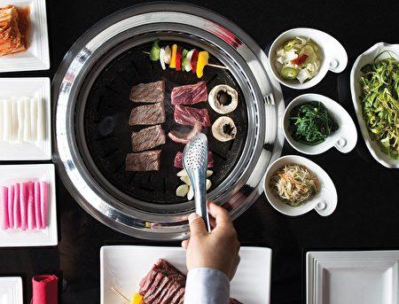 圖:Certified Black Angus Short Ribs燒烤。(Breakers Korean BBQ提供)