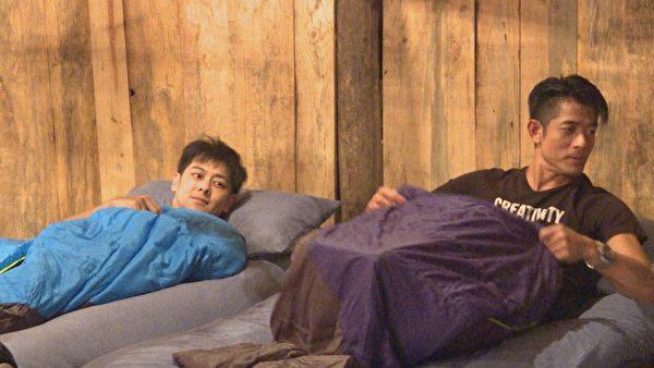 郭富城(右)与林志颖首度合作。(中天提供)