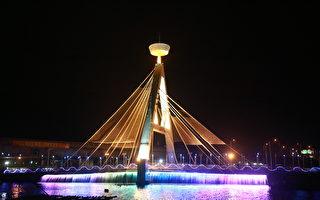 布袋海風長堤夜景點燈  呈現夜上海風華