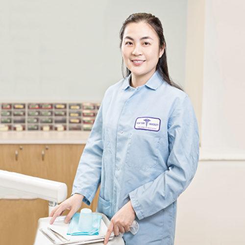 美健牙科创始人杨健博士。(张学慧/大纪元)