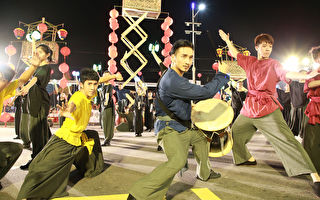 中元祭翻转演出 大秀文化底蕴