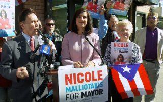 面对纽约地铁问题 玛丽奥:愿与州长合作