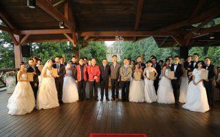 新人漫步雲端 享受全台最高海拔浪漫婚禮