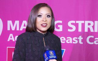 美國好聲音選手 紐約宣導乳癌月