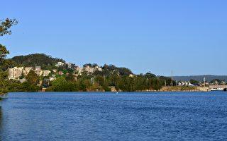 悉尼以北不遠處的中海岸(Central Coast)很快變成了一個備受歡迎的購房與居住地區。(簡沐/大紀元)