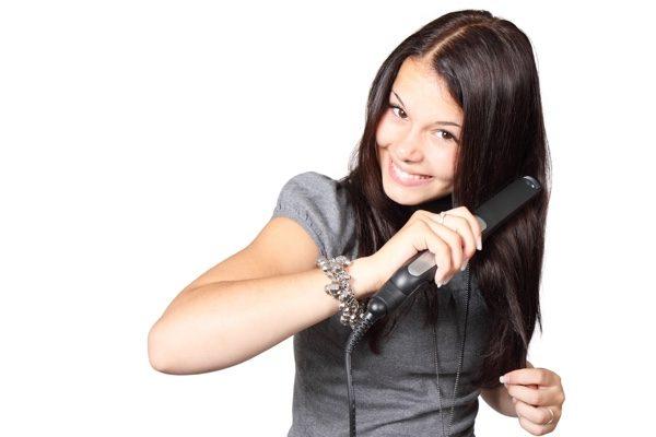 头发拉扯试验。(pixabay)