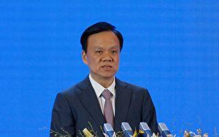 台媒說,習近平的舊部陳敏爾(左)可能躋身中共十九屆政治局常委。( Lintao Zhang/Getty Images)