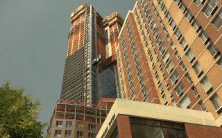 避两桥社区高楼四起 高步迩和陈倩雯提改区划