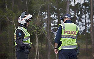 女孩每天向警官揮手 這天她沒出現 警官卻意外救了她