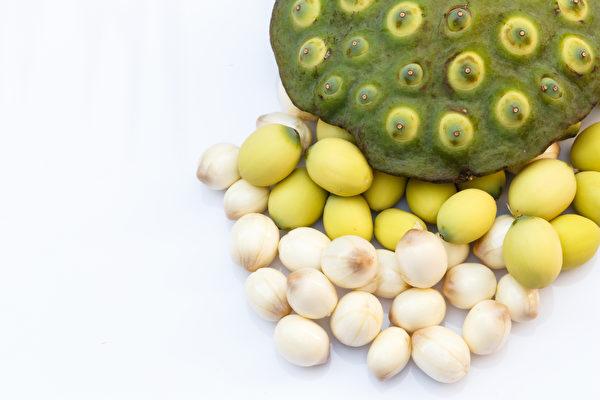 蓮子主要有補腎作用,同時補脾。(Shutterstock)