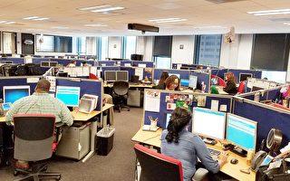 市民每日電詢上萬 市長走訪電話服務系統