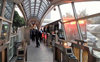 BRT改制議員控減班   中市 : 運量月增75萬