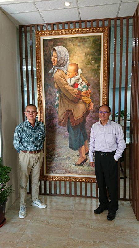 罗昊轩老师(左)油画作品,(右)为员山乡乡长江永和。(员山乡公所 提供)