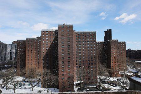 紐約市房屋局從2013年開始連續四年未對公屋進行過油漆的含鉛量檢測。