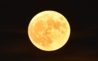 超级月亮12月3日现身 今年中最大最亮