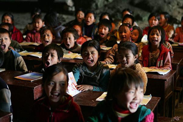 中国头号经济风险是什么
