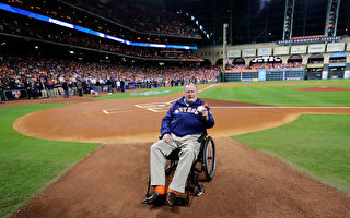 老布什破纪录 成为美国最长寿总统