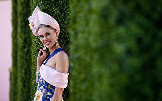 墨爾本杯賽馬節 祖母舊裙助女孩贏著裝大獎