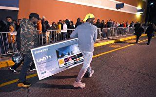 组图:经济好失业降 美国人感恩节蜂拥购物