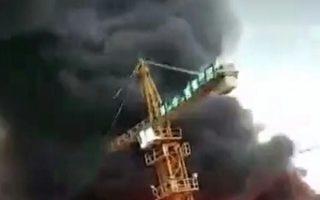 宁波江北区大爆炸现场 目击者称逾百伤亡