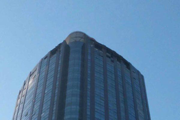 天津38层高楼突发大火 已致10人死亡
