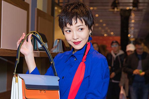 郭采洁现身品牌慈善活动 新作明年播出