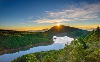 望洋山湖景晨曦 太平山冬季最美的日出