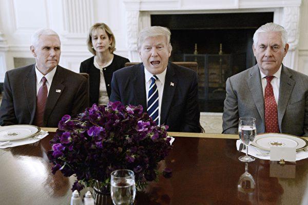 川普對付朝鮮胸有成竹 跟蒂勒森共進午餐