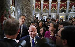参众两院通过税改法案 川普首个立法胜利