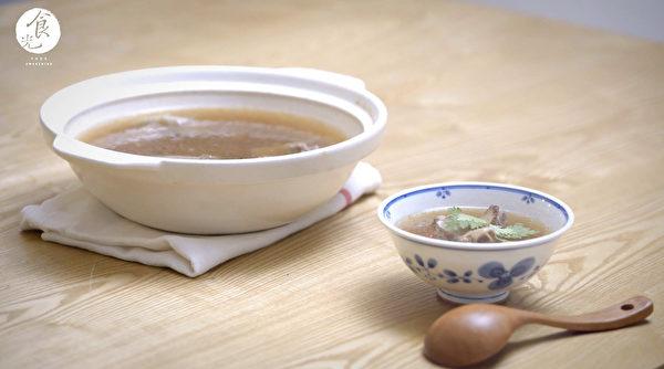 肉骨茶料理。(C2食光提供)