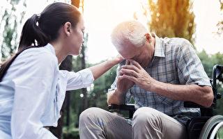 安寧病房護士揭秘病人臨終遺憾 人生最後悔的5件事