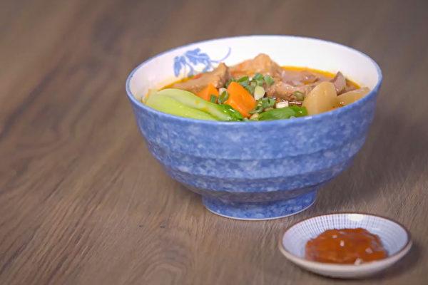 补铁防癌的家常美味:番茄牛肉面。(C2食光提供)