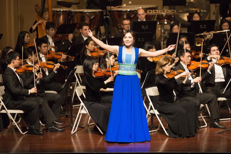「全世界華人美聲唱法聲樂大賽」評委耿皓藍專訪:華人歌唱家的機遇
