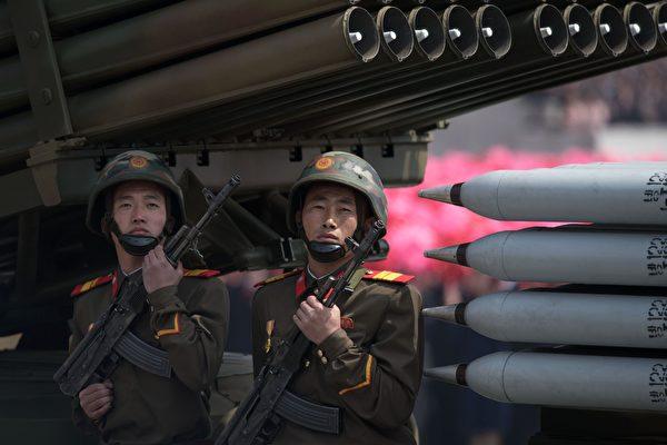 朝鲜选择冬奥会前夕举行阅兵 动机为何?