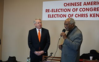 州長候選人肯尼迪訪華埠談競選主張