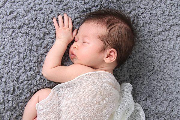 中国人口首破14亿 出生率70年来最低