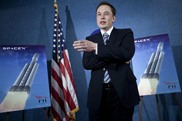 """Space X最强火箭 """"猎鹰重型""""下月升空"""