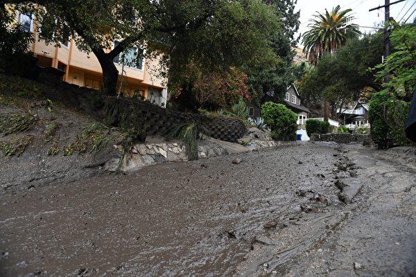 組圖:「災區像一戰戰場」加州泥石流15死