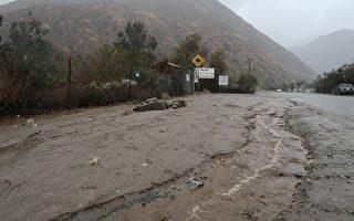 暴雨襲擊南加 泥石流致13死