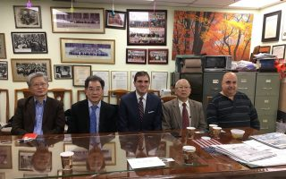 布碌崙22選區民主黨候選人 訪中華總商會