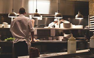 六男未付餐費數百澳元 網民助追回欠款